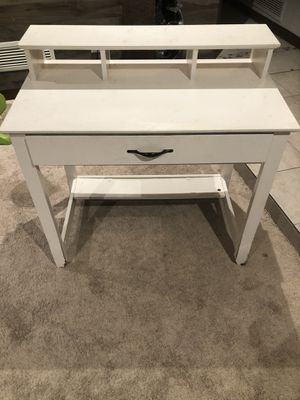 Wood vanity (Painted white) for Sale in Mount Lemmon, AZ