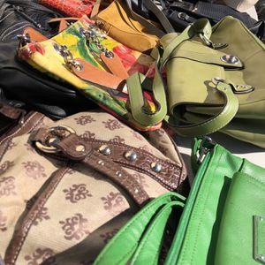 #2) Lot of 150 Women's Handbags for Sale in Hyattsville, MD