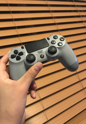 PS4 Controller 20th Anniversary Edition (Super Rare) for Sale in Dallas, TX