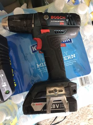 Bosch drill with the charger and battery works perfect for Sale in Chicago, IL