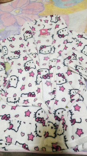 Hello Kitty white robe for little girls for Sale in Los Angeles, CA