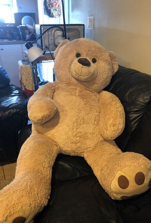 Huge Plush Bear for Sale in Yonkers, NY