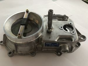 NOS Mercedes AIR FLOW METER BOSCH NEW M103 W201 W124 W126 107 A0000742014 for Sale in Loma Linda, CA