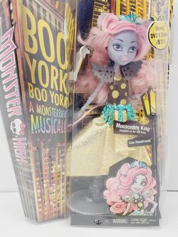 "Boo York Monster High Girl Doll, ""Mouscedes King"" by Mattel, CHW61 Ghoul 11"" for Sale in Brooklyn,  NY"