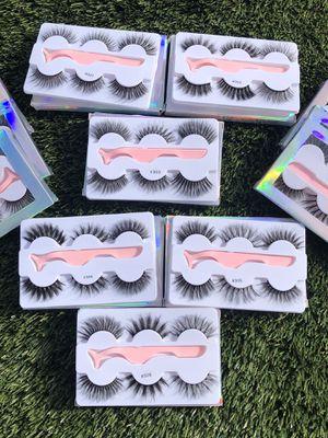 Eyelashes Three Dollars Each Pink Tweezers Free 😻 for Sale in Las Vegas, NV