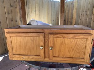 Kitchen or bathroom cabinet for Sale in Hayward, CA