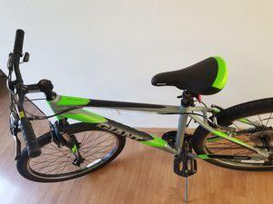 giant Revel M2 mountain bike for Sale in Buena Park, CA