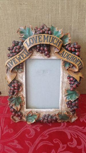 $2 Grape Vine Frame for Sale in Hemet, CA