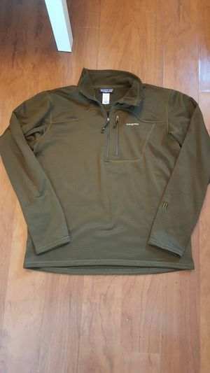 Patagonia R1 pullover - Men's size large for Sale in Chula Vista, CA