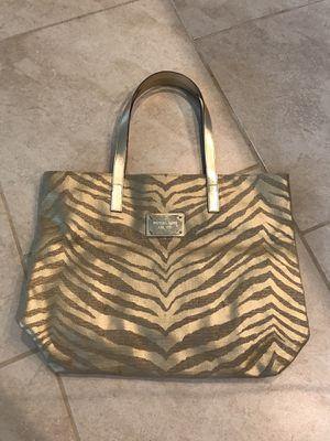Michael kors gold metallic tote bag for Sale in Spring, TX