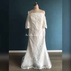 Custom wedding dress size 16 for Sale in Belmont, CA