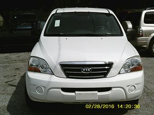 2008 Kia Sorento 4x2 v6 LX , white, (#671) for Sale in Columbus, OH