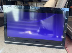 "Sony 46"" Lcd Tv for Sale in Redlands, CA"