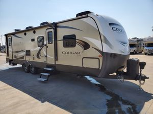 Used 2018 Keystone Cougar Travel Trailer Bunk House for Sale in Mesquite, TX