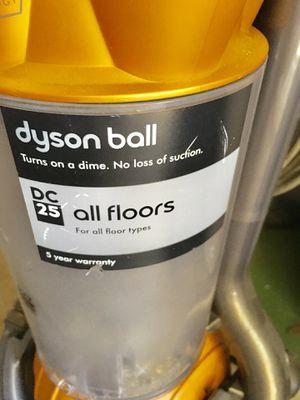 Dyson Animal Ball DC25 vacuum for Sale in Dunedin, FL