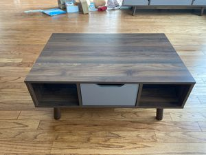 Midcentury modern coffee table for Sale in Marlboro Township, NJ