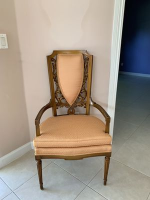 Antique French Stye accent chair for Sale in Boca Raton, FL