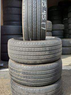 215 45 17 Michelin Tires Hablo Español En Beaverton for Sale in Beaverton,  OR