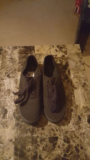 Womens Black canvass shoes for Sale in Laveen Village, AZ