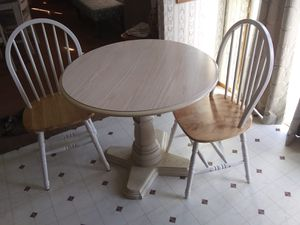 Kitchen Table & Chairs for Sale in Millsboro, DE