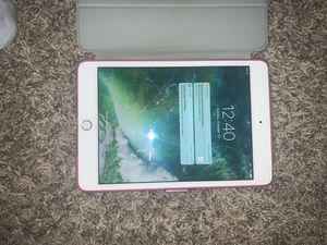 Rose gold iPad mini gen 4 for Sale in Fort Collins, CO