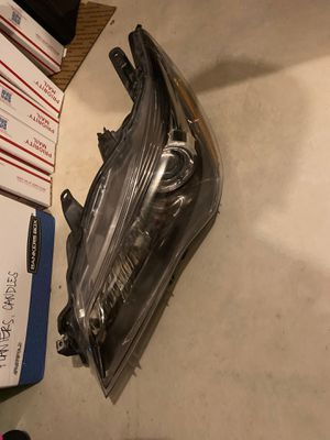Left side drivers side headlamp headlight assembly for 2015 2016 2017 Toyota Camry for Sale in Stanwood, WA