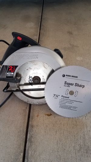 """7 1/4"""" circular saw (Skilsaw) with extra blade in excellent condition for Sale in San Ramon, CA"""