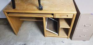 Computer desk for Sale in Tulare, CA