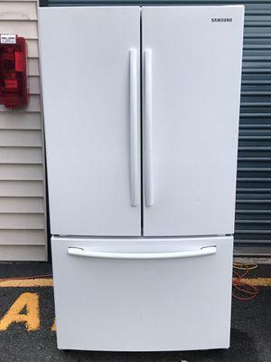 Samsung refrigerator/bottom freezer for Sale in Kent, WA