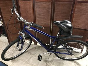 Schwinn Clear Creek bike for Sale in Vancouver, WA