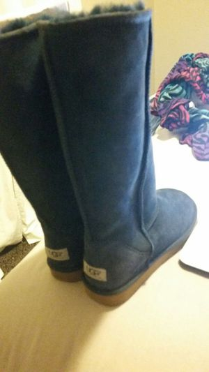 Nwt navy tall uggs obo for Sale in Dallas, TX