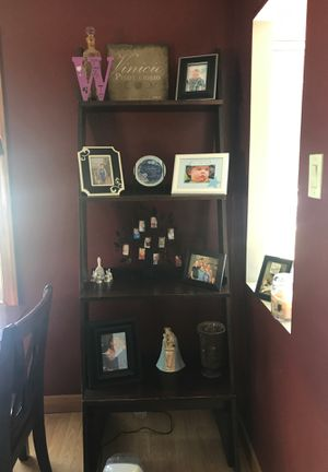 Ladder Shelf / bookcase for Sale in Middleburg Heights, OH