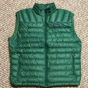 Patagonia Down Vest Mens Large for Sale in Seattle, WA