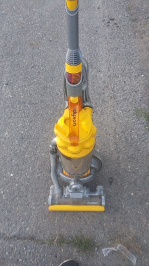 Dyson DC15 Vacuum for Sale in Fife, WA