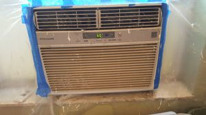 Window Frigidaire Air Conditioner Unit for Sale in Mount Dora, FL