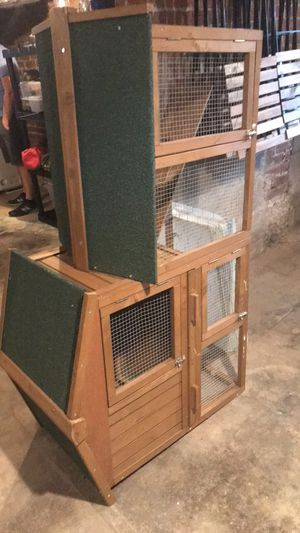 Small animal hutch for Sale in Indianapolis, IN