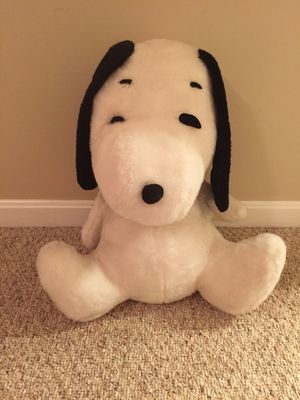 Vintage Peanuts Snoopy plush doll feature 18 inches tall for Sale in Ashburn, VA