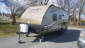 2017 Coleman by Dutchman Camper 19' like new. for Sale in Luray, VA