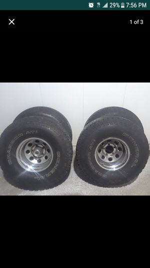 35s New Mud Tires with Chrome wheels for Sale in Fairfax, VA
