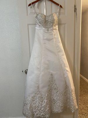 Alfred Angelo Wedding Dress for Sale in Alafaya, FL