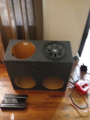 """Box for 4 12"""" subwoofers for Sale in Wichita, KS"""