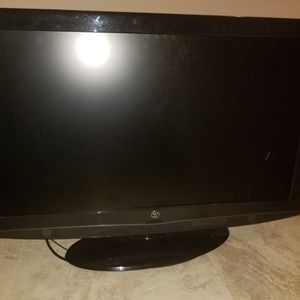 Westinghouse 32 Inch flat panel TV for Sale in Staten Island, NY