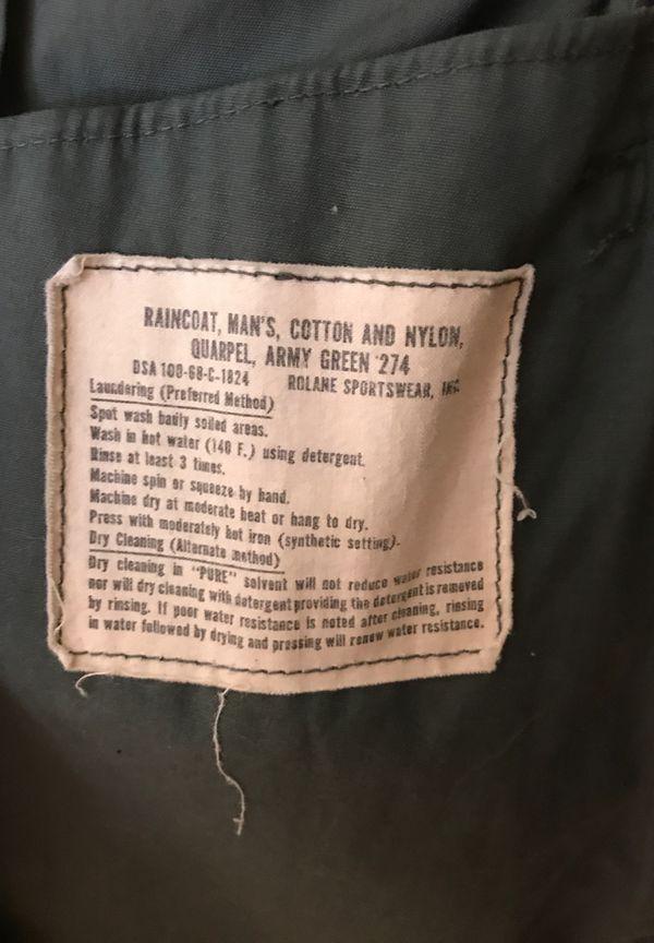 1970s VINTAGE MILITARY MEN'S TRENCHCOAT VIETNAM ERA