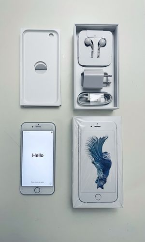 iPhone 6s 128gb - Immaculate condition *Unlocked* with extras! for Sale in Lynnwood, WA
