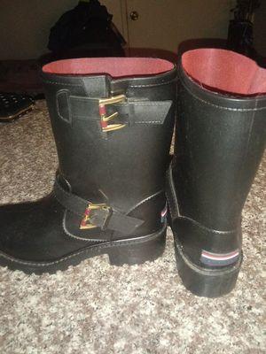 Hilfiger rain boots for Sale in Riverside, CA