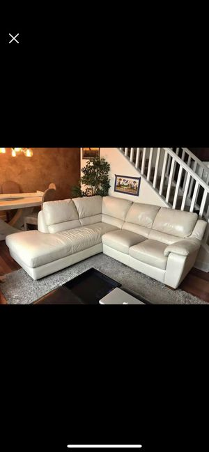Couch Leather L-Shaped Sectional for Sale in Philadelphia, PA