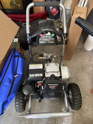 Honda GC160 gas powered water pressure washer 2600 PSI for Sale in Renton, WA
