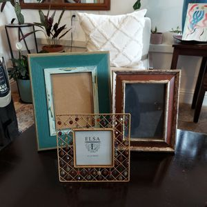 3 Picture Frames for Sale in Richmond, CA