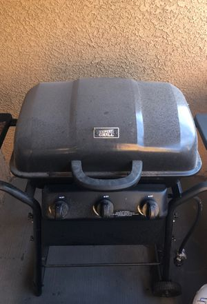 Expert grill 3 burner BBQ grill for Sale in Henderson, NV