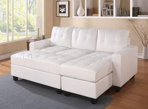 WHITE BONDED LEATHER MATCH SECTIONAL OTTOMAN SOFA / SILLON BLANCO MUEBLES for Sale in Hemet, CA